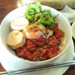 かまやカフェ・デュ・レヴァベール - NIKKO丼サラダ、スープ、ドリンク付きで1680円