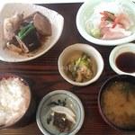 お食事処 濱の四季 - まかない御膳(980円)