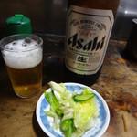 味のじゅん天 - ビールとお通しの浅漬け