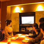豆まる - 4~8名様の個室2室は接待に。 完全防音でカラオケ完備。プロジェクターも繋げられます