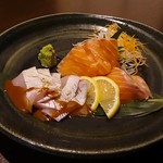 鶏っく - 鹿児島県産生き締めゴマかんぱちと鮮魚のお造り