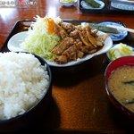 ドライブイン ぐんじ - 焼肉定食(御飯大盛)