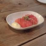にっぱち屋 - スライストマト