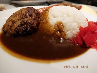 イケア レストラン - カレーライス+ソーセージ+チーズインハンバーグ+福神漬