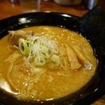 つけ麺極 - 料理写真:(2014/11月)「ら~めん(中細麺)普通盛」ダブルスープ