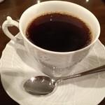 カフェ・パティオ - オールドブレンド 520円。非常にコク深い一杯です。