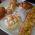 からりパン工房 - 購入パンA