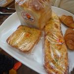 からりパン工房 - 購入パンB