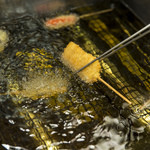 立呑処へそ - 良質の油を使用し、常に新しいものと交換しています