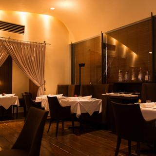 洗練されたイタリアンを、温かく優雅な空間で