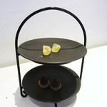 RISTORANTE YAGI - レモンのパート・ド・フリュイ   チョコレートのタルト