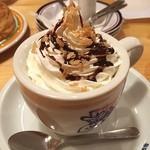 コメダ珈琲店 - 久々のコメダ珈琲♪チョコラートです。シロノワールと食べたらちょっと甘々でした(^^