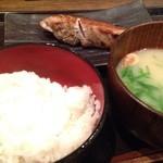 越後屋 三太夫 - 寒ぶりの塩焼き定食(980円)