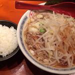 杉本商店 - 豚野菜らぁめん 800円
