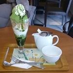 34412917 - 抹茶生チョコレートパフェと煎茶のセット
