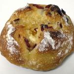34417668 - クランベリーとクリームチーズのフランスパン(\151、2014年12月)