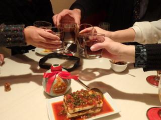 湖南菜館 - 紹興酒でカンパイ!