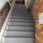 34421703 - さぁ階段を昇りましょう