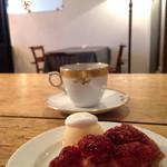 LENTO - ミニデザートと平日ランチにセットの珈琲