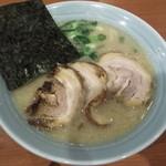 らーめん専門店 小川 - 半チャーシュー 880円