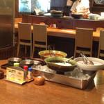 海鮮呑屋日本橋 - お総菜3種、取り放題