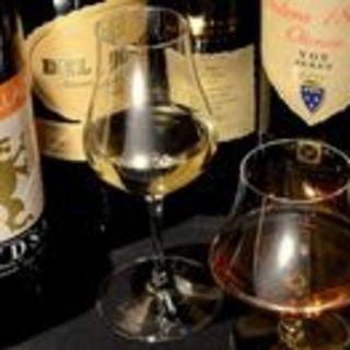 スペイン産のシェリーやワイン、ビールを料理に合せてチョイス♪