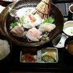 ふく家 - 地魚の刺身定食