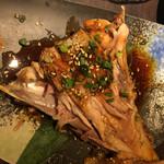 34431036 - カマ焼き。残念ながら中の方は生。そういう料理なのかもしれないが身がほぐれず食べる事ができませんでした。世の中にはいろいろな料理があるものです。