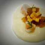 レストラン・カワサキ - カブのムース 伊勢海老のジュレ 柿を添えて
