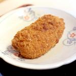 手打十段 うどんバカ一代 - カニクリームコロッケ (130円) '15 1月上旬
