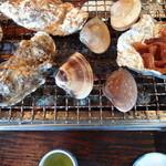 浜茶屋 やましょう - 焼き牡蠣&ハマグリ