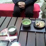 島の茶屋 あぶらや - 甘酒とお抹茶で、休憩。温まる…