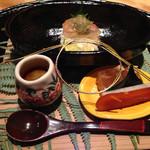帰燕 - 松葉蟹みそ、ナマコ、フグ煮こごり