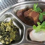 タイ料理 あろいなたべた - 生春巻・青菜の漬物の玉子炒め・豚の角煮。