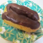 やおきパン - ケーキは2個購入です、エクレア50円。