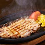 居食家 がちまい - パイナップルを食べて育てられた豚パイン豚のステーキ☆臭みが少なく食べやすい♪