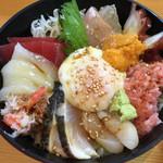 むつみ - 海鮮丼アップ