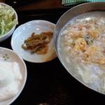 大門酒家 - 蟹とフカヒレ風スープ炒飯