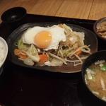 34449495 - 週替わり500円ランチ:がっつり!野菜炒め定食