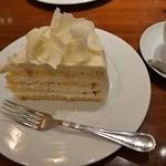 34461466 - ホワイトチョコレートケーキ