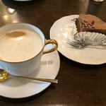 珈琲工房 - チョコケーキとカフェオレ