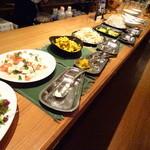 dining & bar ESTADIO - サラバーコーナーでございます