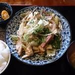 34470945 - 野菜炒め定食600円