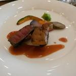 ル・トリアノン - 牛フィレ肉のポアレ フォアグラ添え ベルシーソース