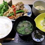 ねぎま - 三元豚の生姜焼定食_880円