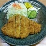 渡来亭 - ロースとんかつ定食Mサイズ