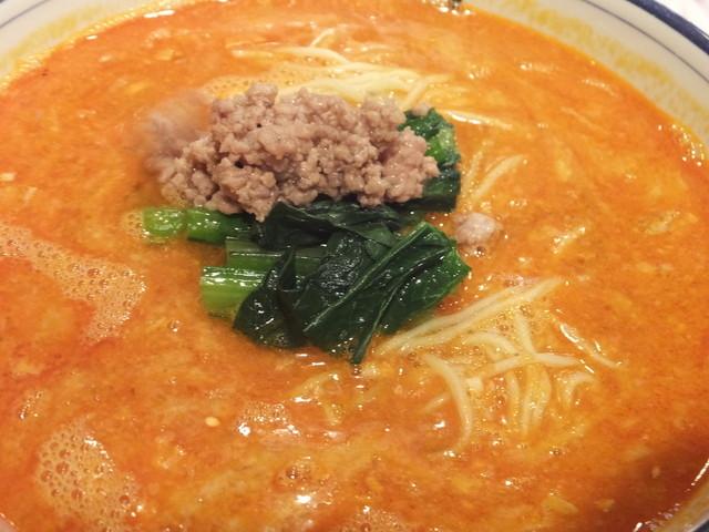四川 MON 花 - 辛口担々麺のスープ
