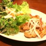 フォー ベト レストラン - チチカブ(豚のおっぱい)の香草焼き