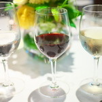 マノワール・ディノ - 水、赤ワイン、白ワイン