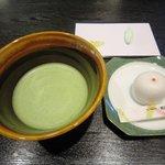 菊屋 - 抹茶とお菓子